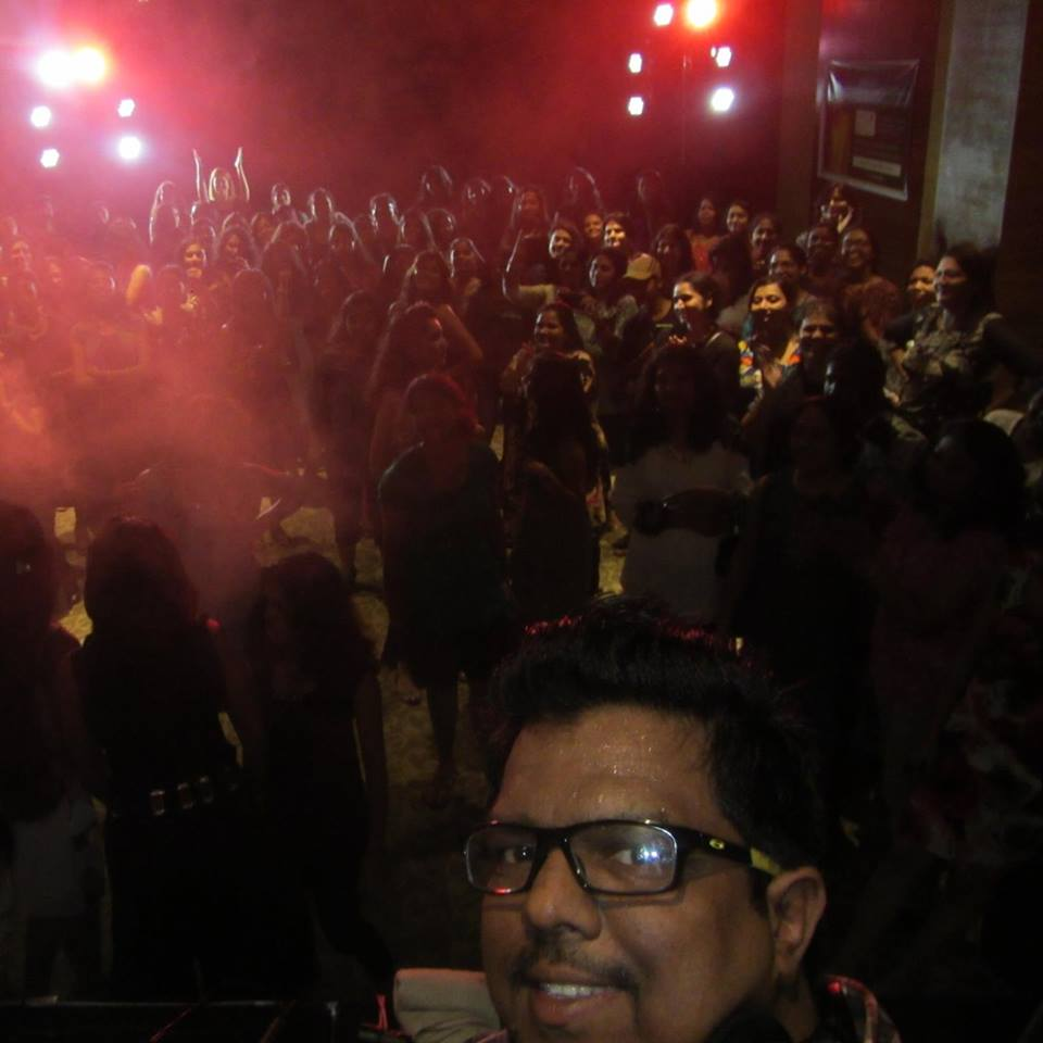 DJ Arun Selfie with the Party Crowd Kerala